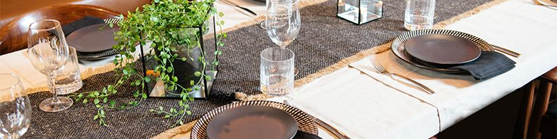 Holiday Inn Perth City Centre - Table Function Setting Styling