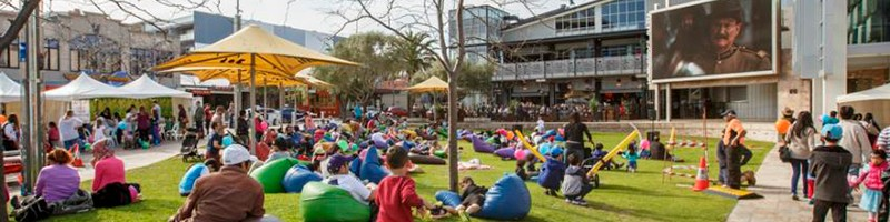 Holiday Inn Perth City Centre - Perth Christmas 2019 - Free Festive Flicks for Kids
